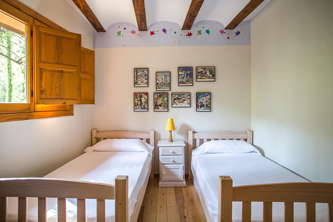 casita-Habitación 2 camas2. jpg